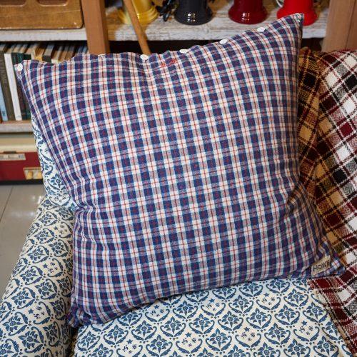 HB900287 – Vintage French Kelsch Floor Cushion-0006