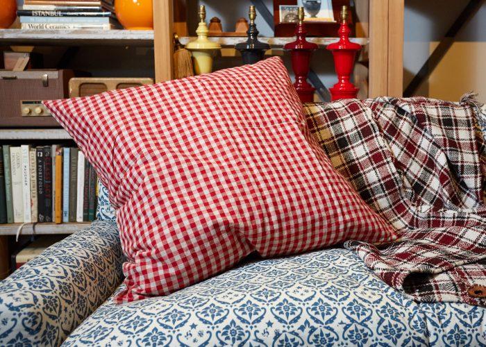 HB900288 – Vintage French Kelsch Floor Cushion-0002