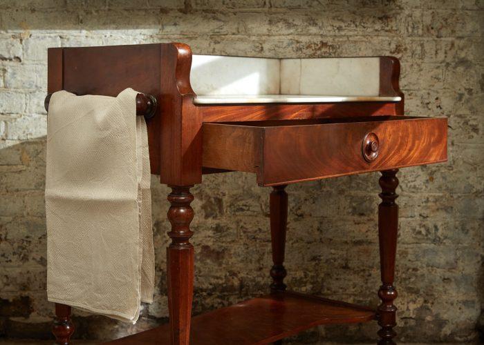 HL4486 – Wash Table-0017