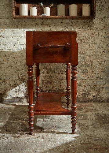 HL4486 – Wash Table-0024