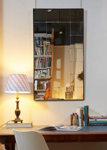HL4611 – Swedish Mirror – Black Frame-0004