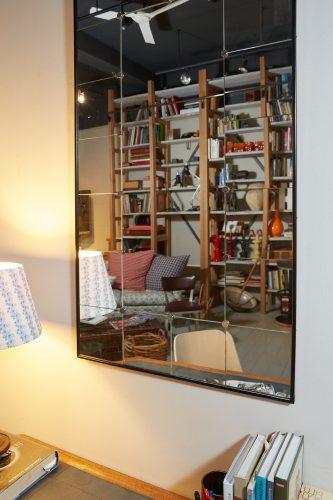 HL4611 – Swedish Mirror – Black Frame-0007