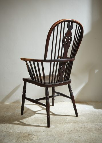 HL4617 – Windsor Armchair-0012