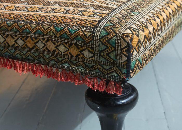 HB900318 – Aladdin Moroccan Rug Stool-0010