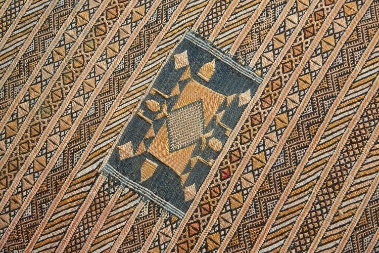 HB900318 – Aladdin Moroccan Rug Stool-0017