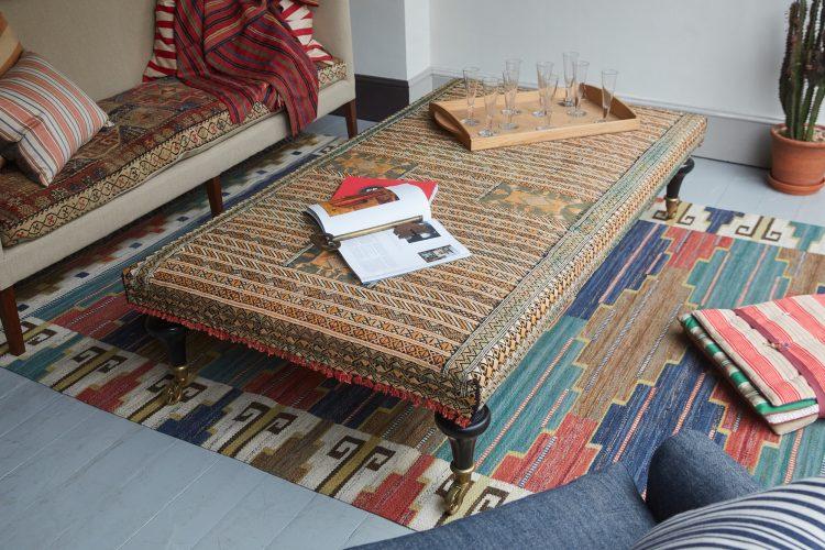 HB900318 – Aladdin Moroccan Rug Stool V2-0002