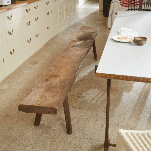 HL4468 – Long Oak Bench-0017
