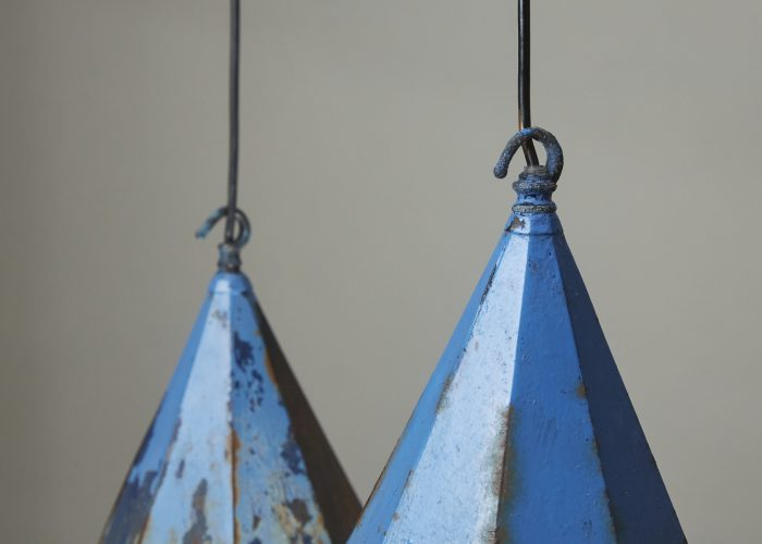 HL4558 – Blue Peaked Lanterns-0002