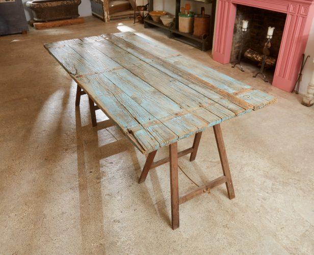 HL4680 – Trestle Table Painted Blue-0032