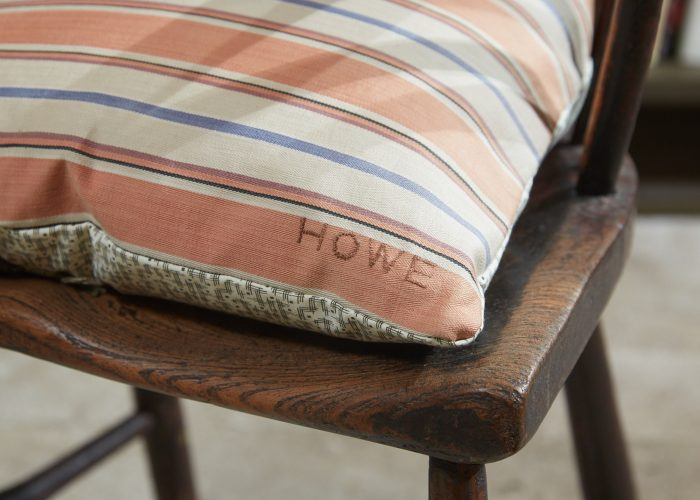 HB900323 – Formica & Ticking Cushion-0005