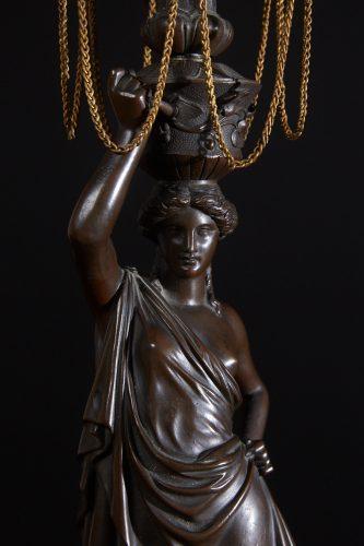 HL4634 – Bronze Lady Lamps-0003