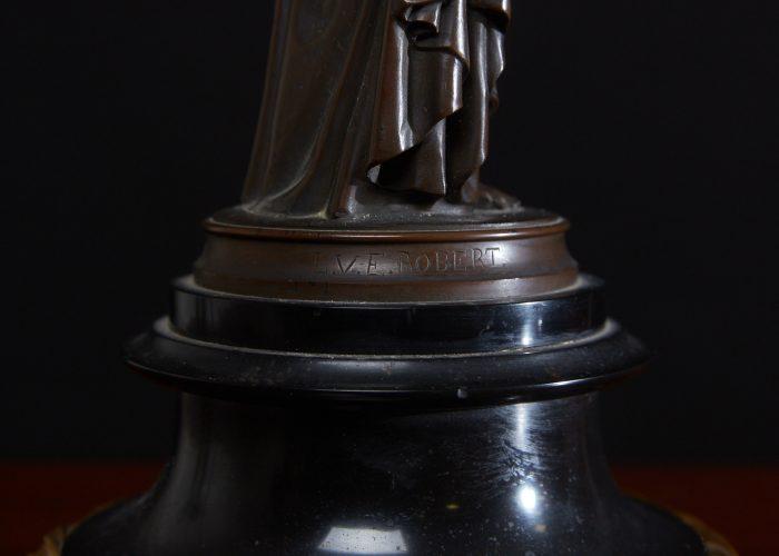 HL4634 – Bronze Lady Lamps-0021