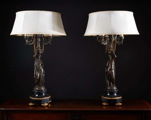 HL4634 – Bronze Lady Lamps with Shades-0001
