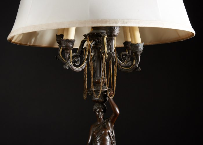 HL4634 – Bronze Lady Lamps with Shades-0003