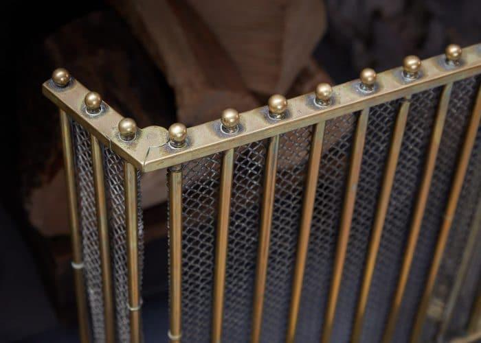 HL4651 – Antique Brass Fire Guard-0004