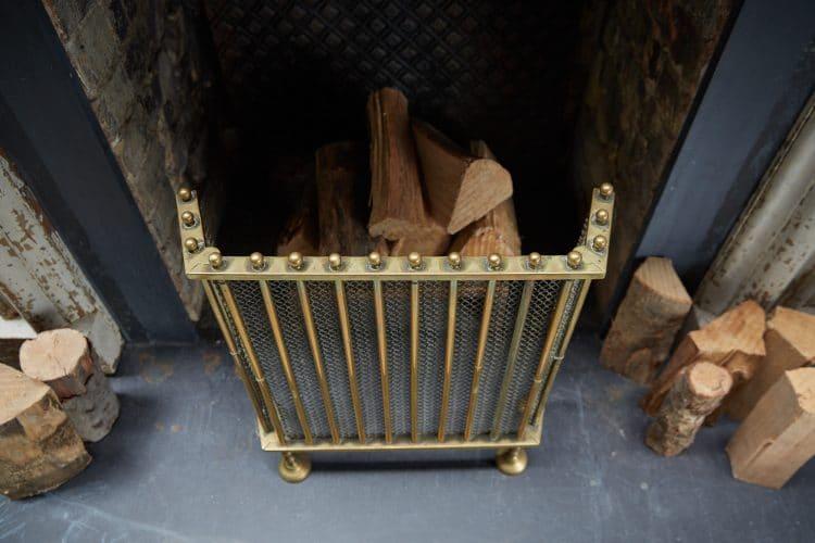 HL4651 – Antique Brass Fire Guard-0005