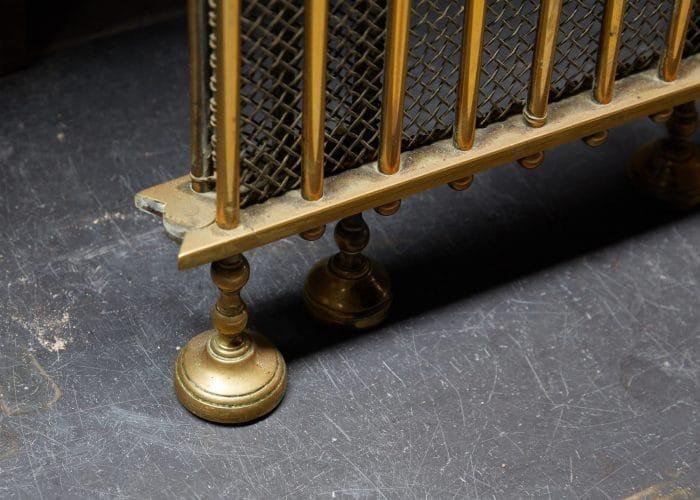 HL4651 – Antique Brass Fire Guard-0008