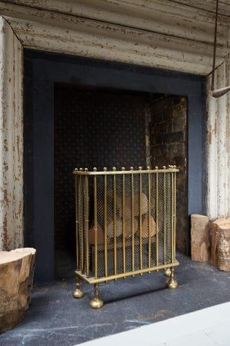 HL4651 – Antique Brass Fire Guard-0013