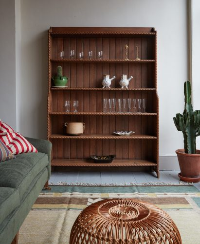 HL4652 – Large Shelving Unit-0003