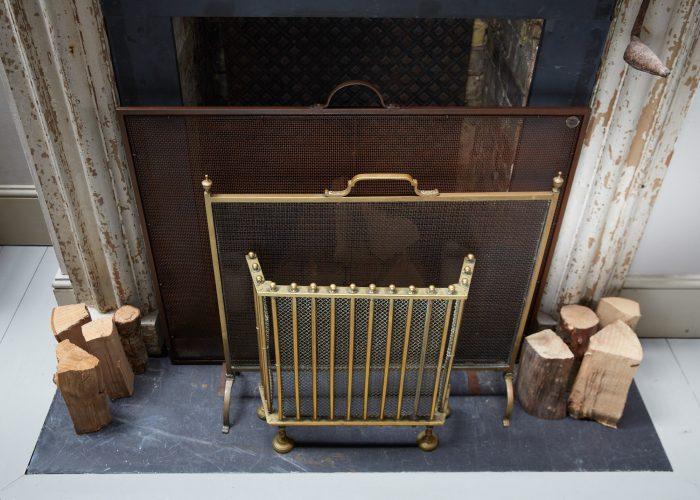 HL4673 – Antique Brass Fire Guard-0006