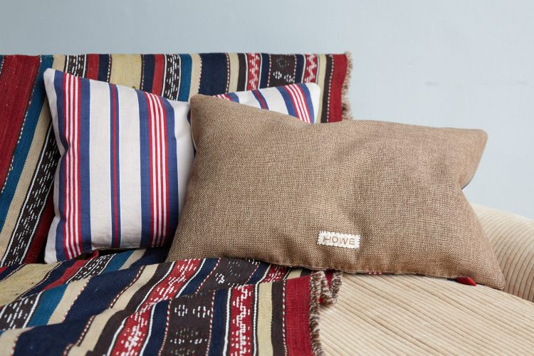 HB900325 – Tricolore Ticking Cushions-0003