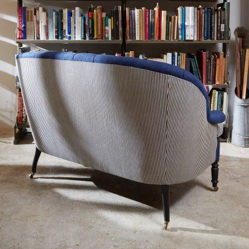 HB900345 – Napoleon III Style Sofa-0015