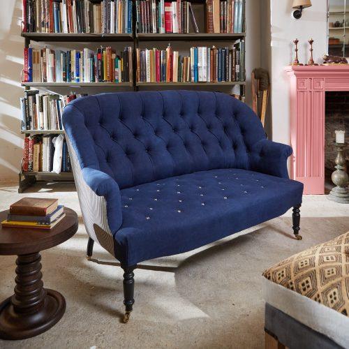 HB900345 – Napoleon III Style Sofa-0023