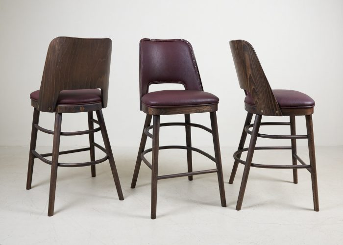 HB900359 – Red Camemberts Bar Stools-0003