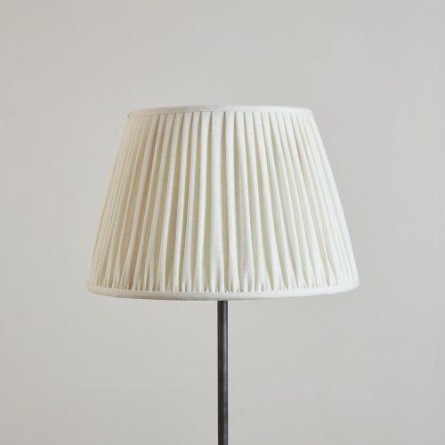 HH800015W – White Plain Linen Lampshade-0002