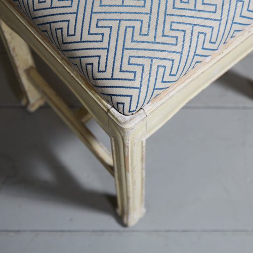 HL4593 – Dressing Table Stool-0005