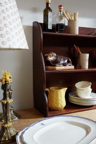 HL4699 – Mahogany Shelves-0002