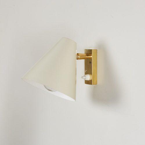 HOWE Pale 50s Bedroom Light-0005