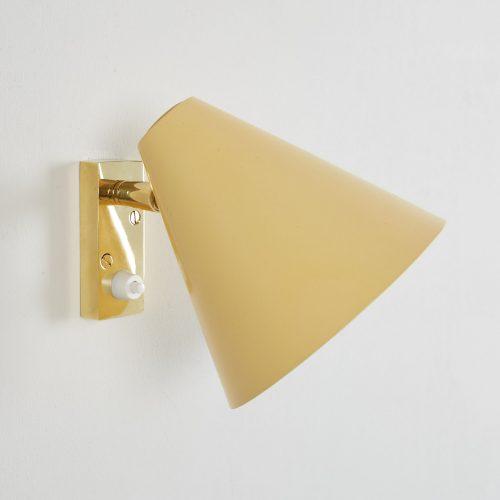 Howe Yellow 50s Bedroom Light-0002