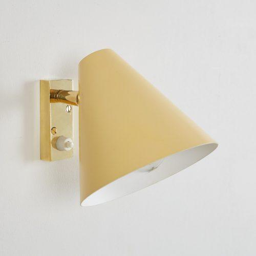 Howe Yellow 50s Bedroom Light-0004