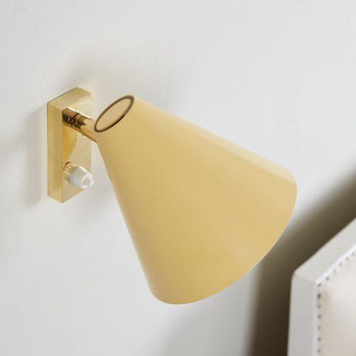 Howe Yellow 50s Bedroom Light-0005