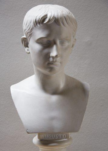 Augusto Plaster Bust-0011