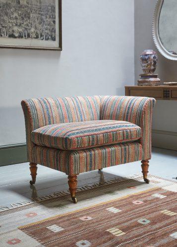 HL4424 – Corner Chair-0004