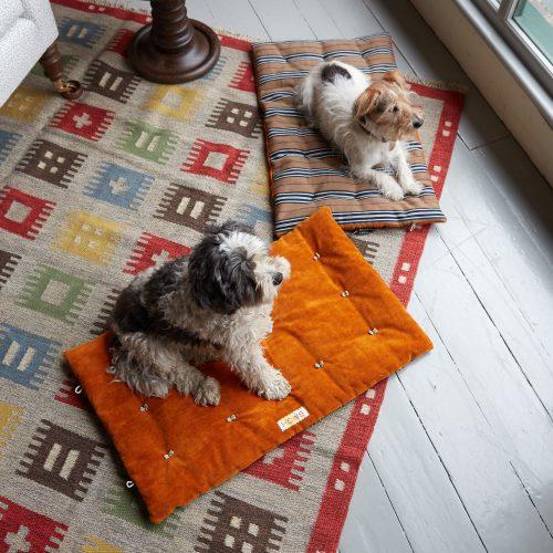 HB900368 – Travelling Dog Bed-0007