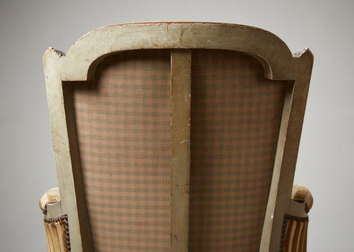 HL4730 – Louis XVI Style Bergère Chair-0006