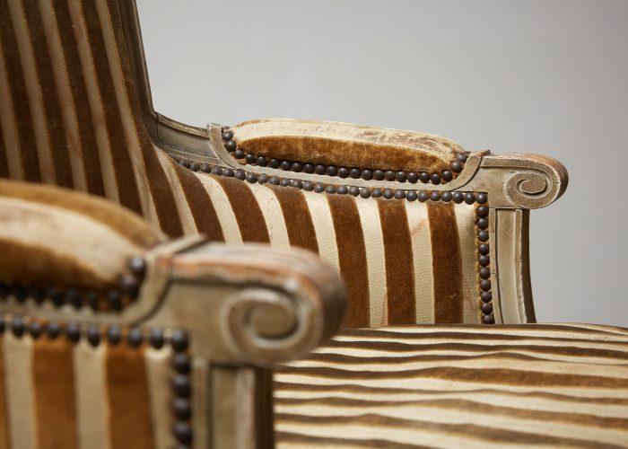 HL4730 – Louis XVI Style Bergère Chair-0012