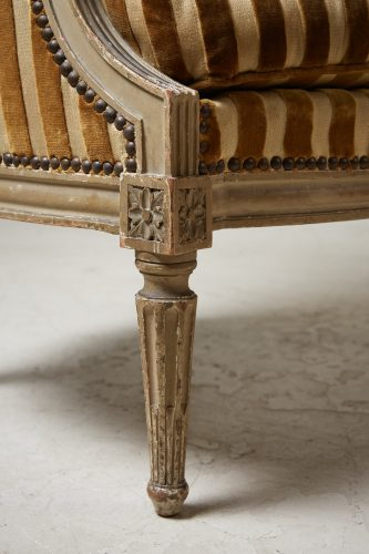 HL4730 – Louis XVI Style Bergère Chair-0013