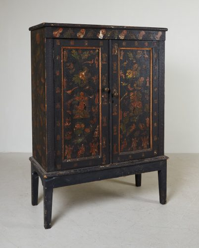 HL4780 – Small Georgian Black Painted Cupboard-0002