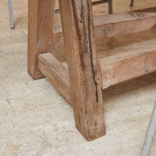 HL4867 – Chunky Trestle Table-0010