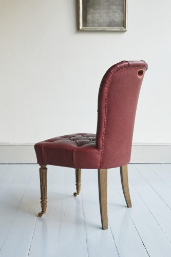 Red Leather Salon Chair-0005