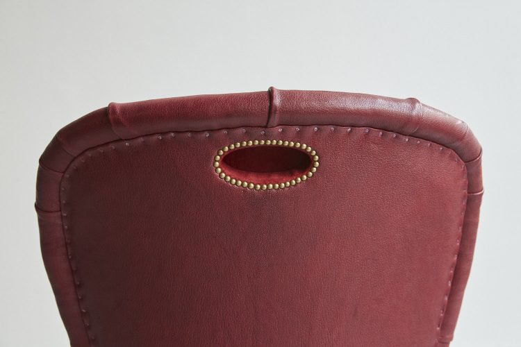 Red Leather Salon Chair-0006