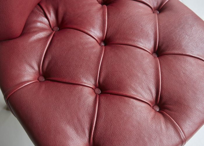 Red Leather Salon Chair-0010
