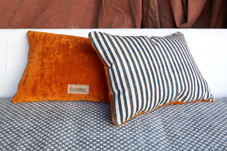 HB900338 – Ticking Cushion with Velour-0001