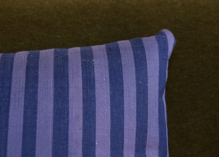 HB900385 – A Pair of Ticking Cushion-0005 1