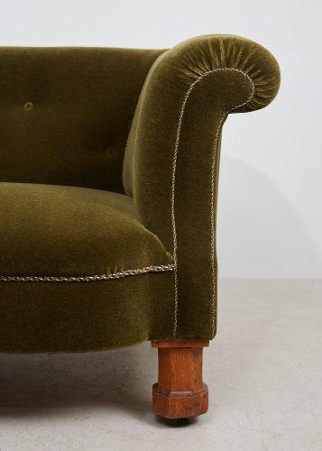 HL4528 – Victorian CHesterfield Sofa-0012