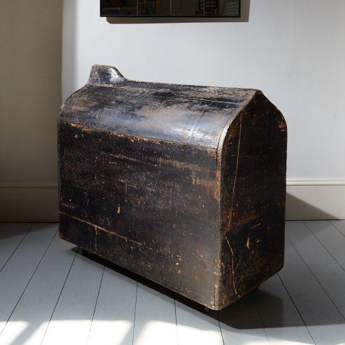 HL4841 – Saddle Box-0010